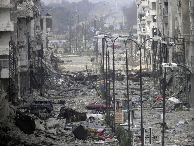 Homs Pounded by Army and Hezbollah Militants