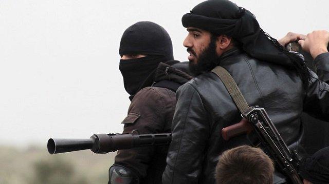 Syrian jihadists wreak havoc as violence spreads into Iraq