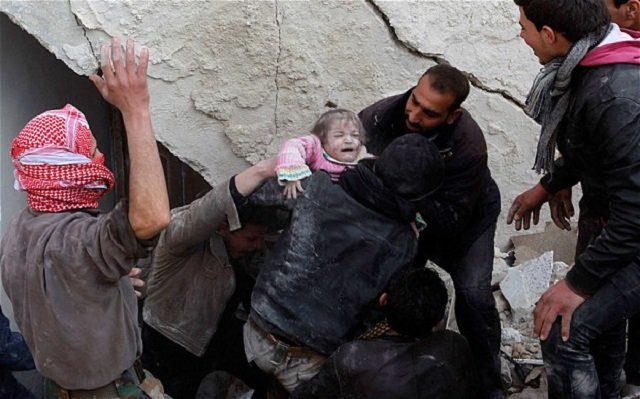 Barrel bombs dropped on Aleppo