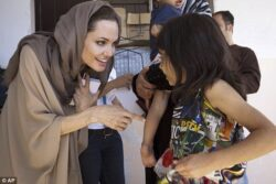 Angelina Jolie criticizes Obama for his leadership