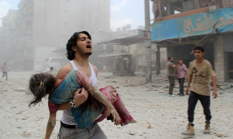Assad used barrel bombs in hundreds of locations, says rights group