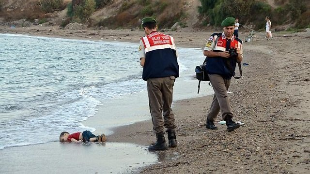 Canadian government under fire about drowned Syrian toddler