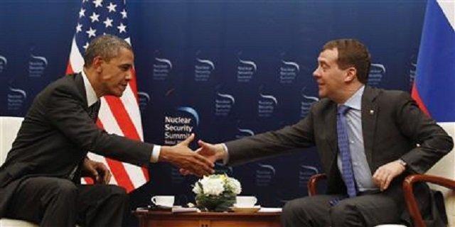 Obama to Help Putin Seal Syria's Fate
