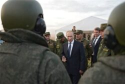 Russia Reportedly Orders U.S. Planes Out of Syria as Its Parliament Approves Sending Troops