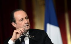 Hollande Warned Putin Against Bolstering Assad