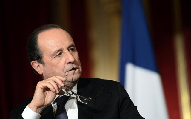 Hollande Warned Putin Against Bolstering Assad