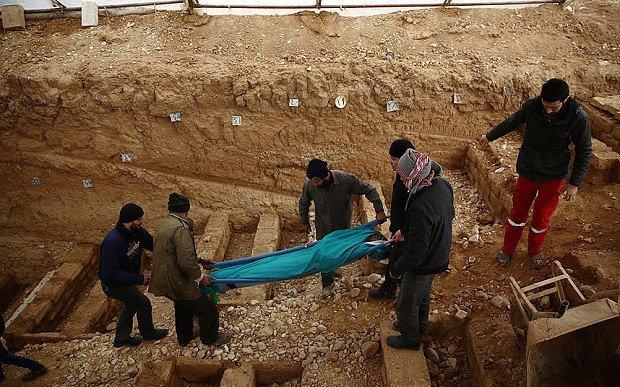 Syria's schools feel blast of Russia war planes