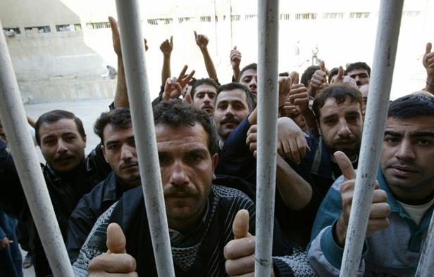 Syria Regime Drafts Prisoners, Teachers to Bolster Depleted Army