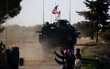 Trump Keeps Half Pregnant Presence in Syria
